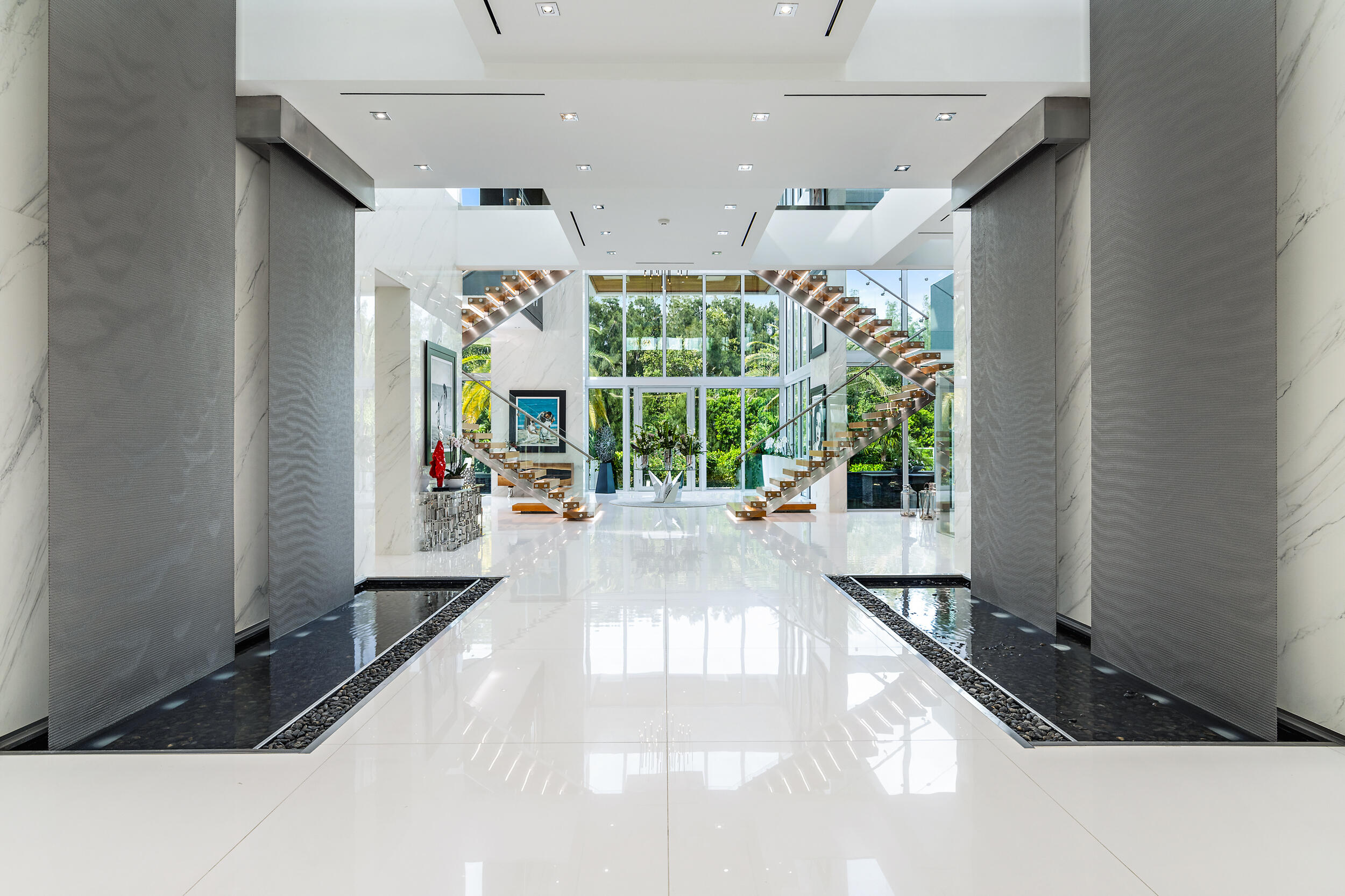 Foyer w/water features