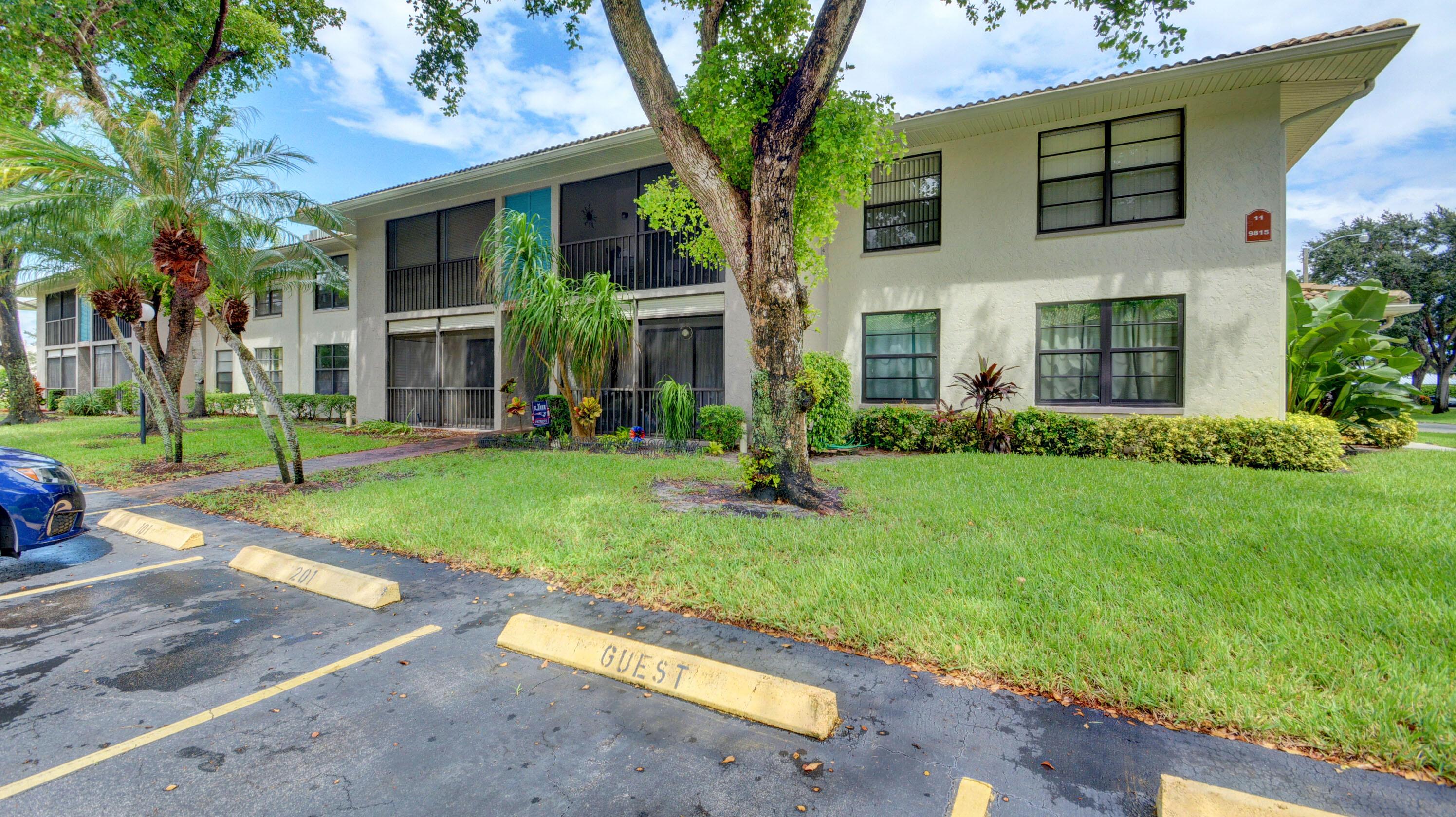 9815 Pineapple Tree Dr 103 Boynton Beach, FL 33436