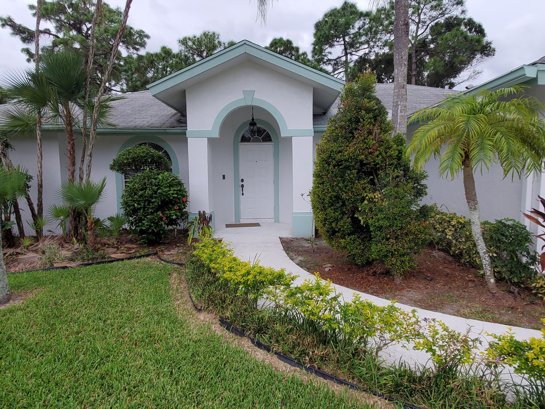 153 Saratoga Boulevard Royal Palm Beach, FL 33411 photo 3