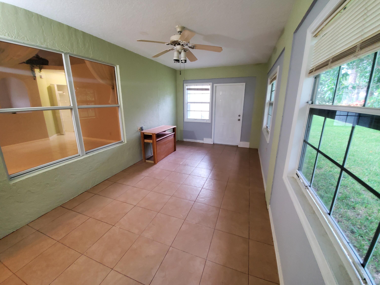 153 Saratoga Boulevard Royal Palm Beach, FL 33411 photo 17