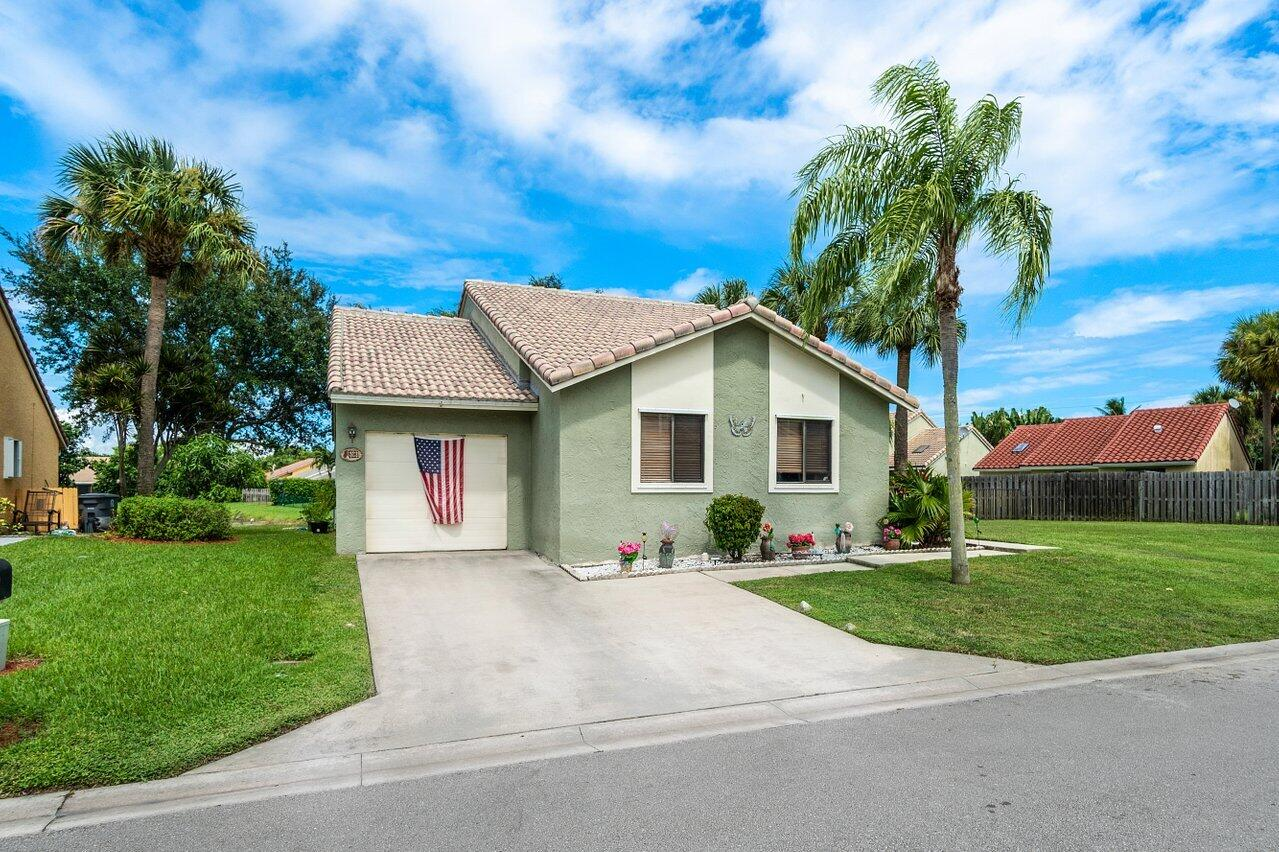 6181  97th Court  For Sale 10746336, FL