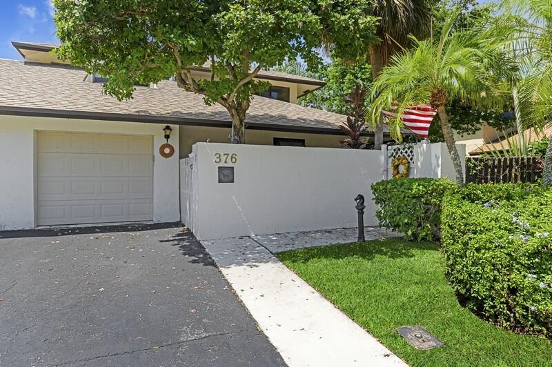 376 SW 28th Avenue  For Sale 10747137, FL