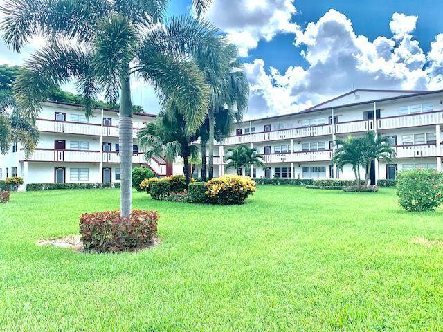 592 Fanshaw O, Boca Raton, FL 33434