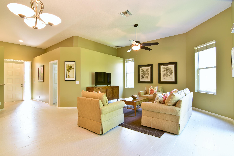 7717  Azalea Court  For Sale 10746539, FL
