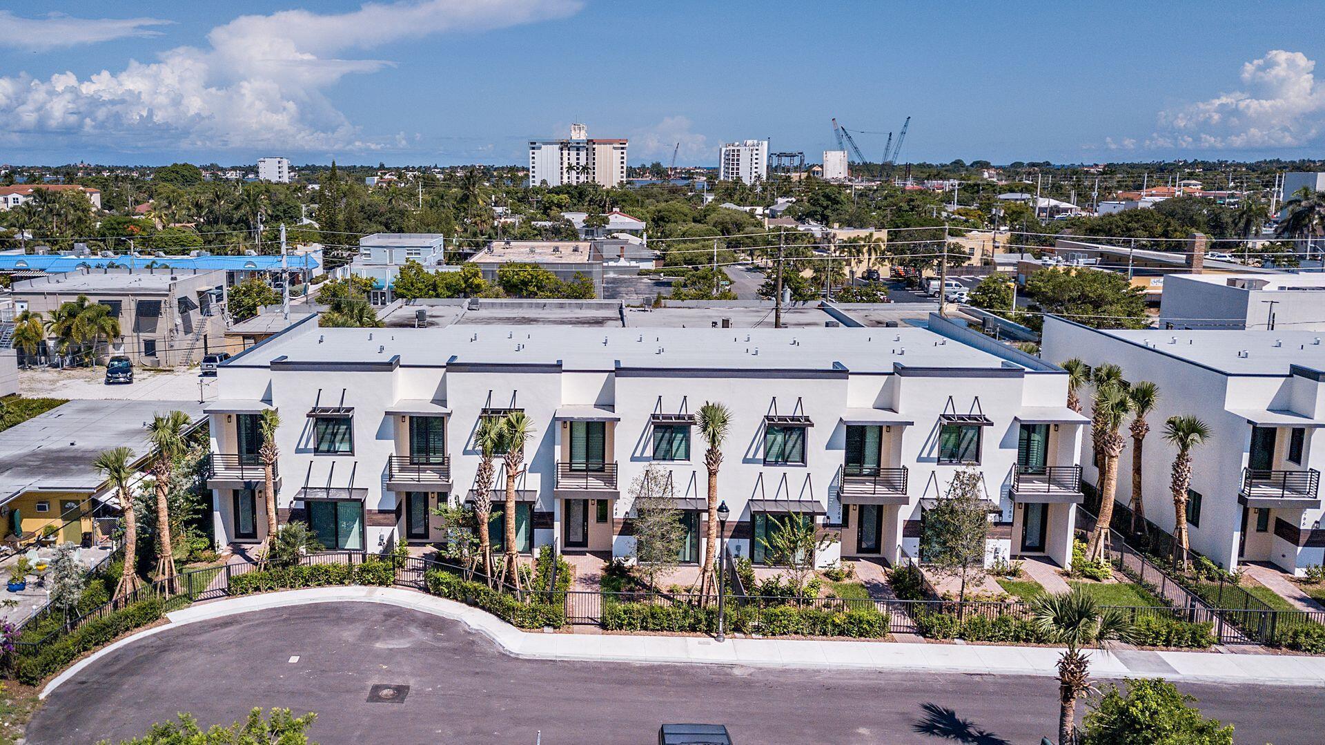 3844 Lambert Avenue West Palm Beach, FL 33405 photo 29