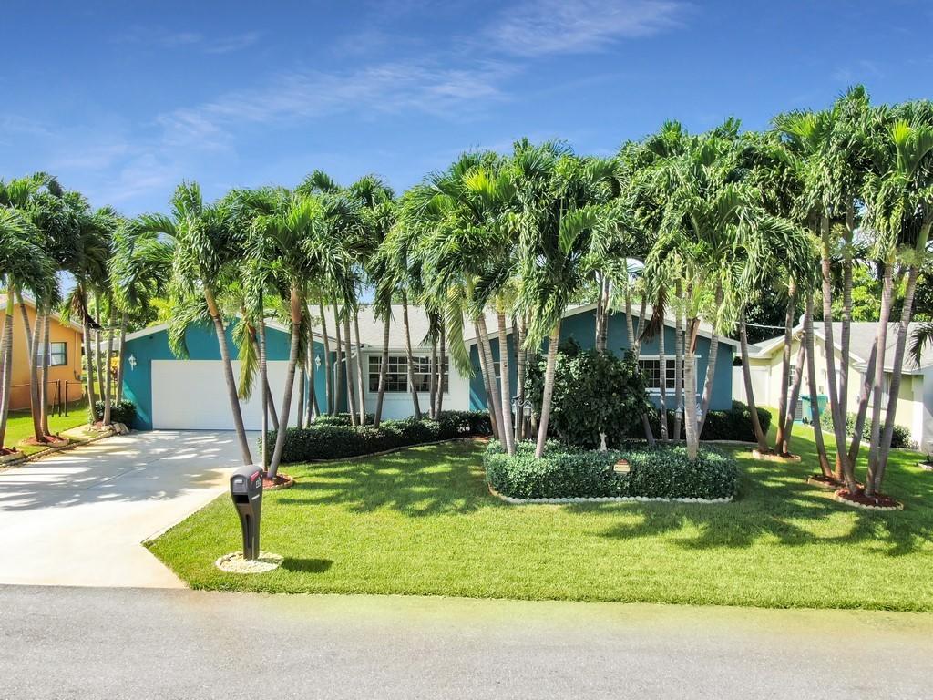 Home for sale in Forest Park Heights Boynton Beach Florida