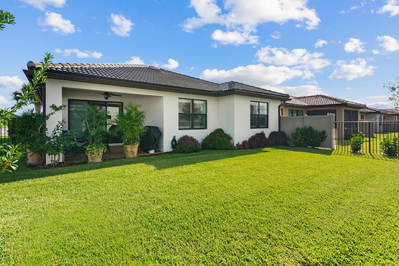 8280 Hanoverian Drive Lake Worth, FL 33467 photo 27