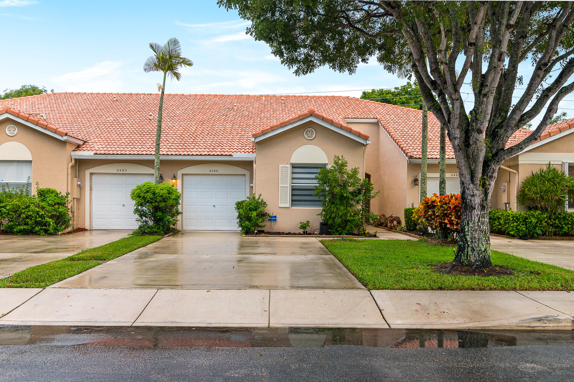 2486 S Coral Trace Circle  For Sale 10746816, FL
