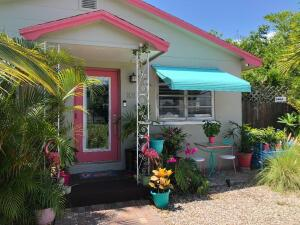 101 E 25th Street, Riviera Beach, FL 33404