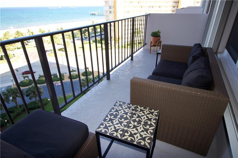 405 N Ocean 916 - Balcony