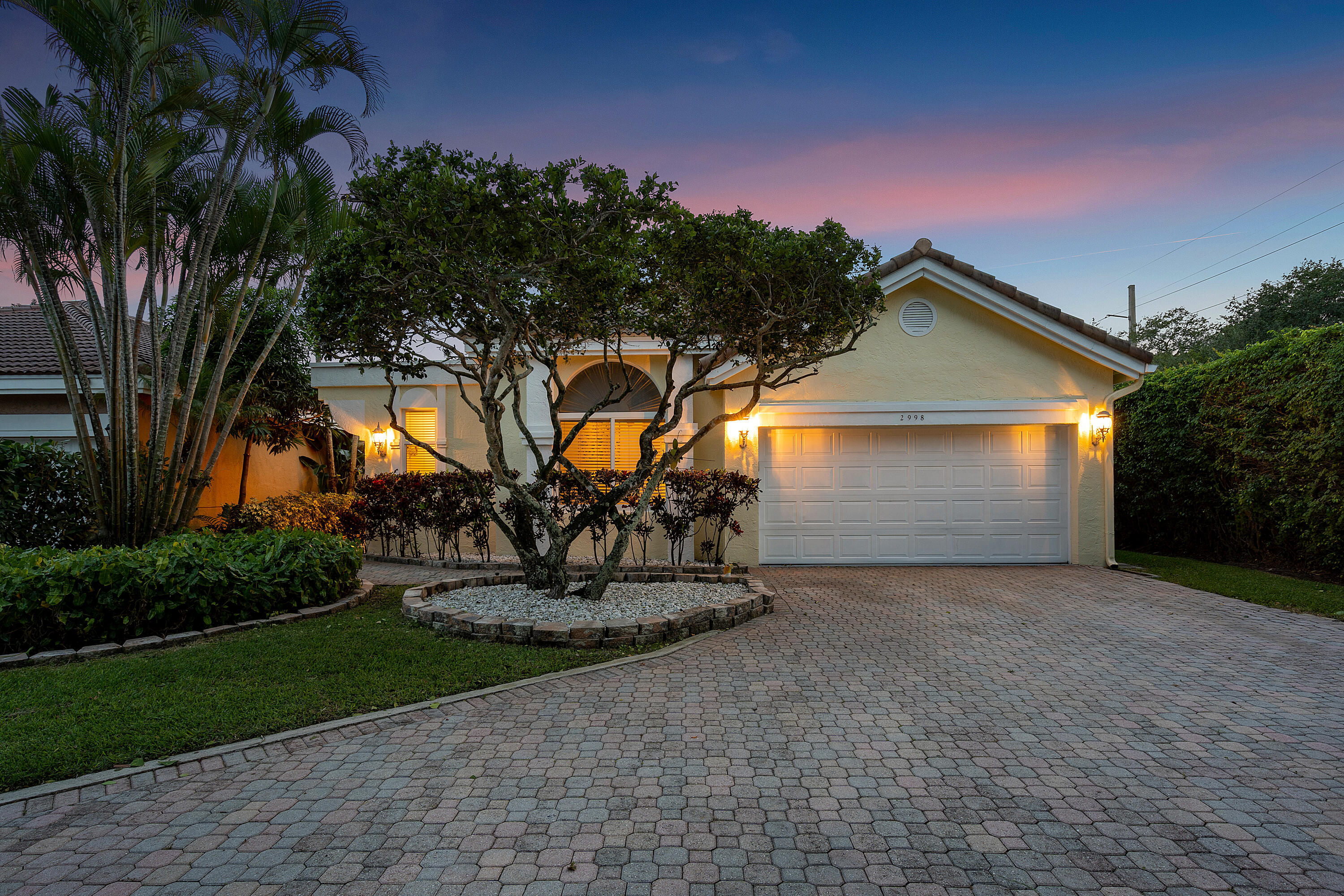 2998 NW 41st Street  For Sale 10746815, FL