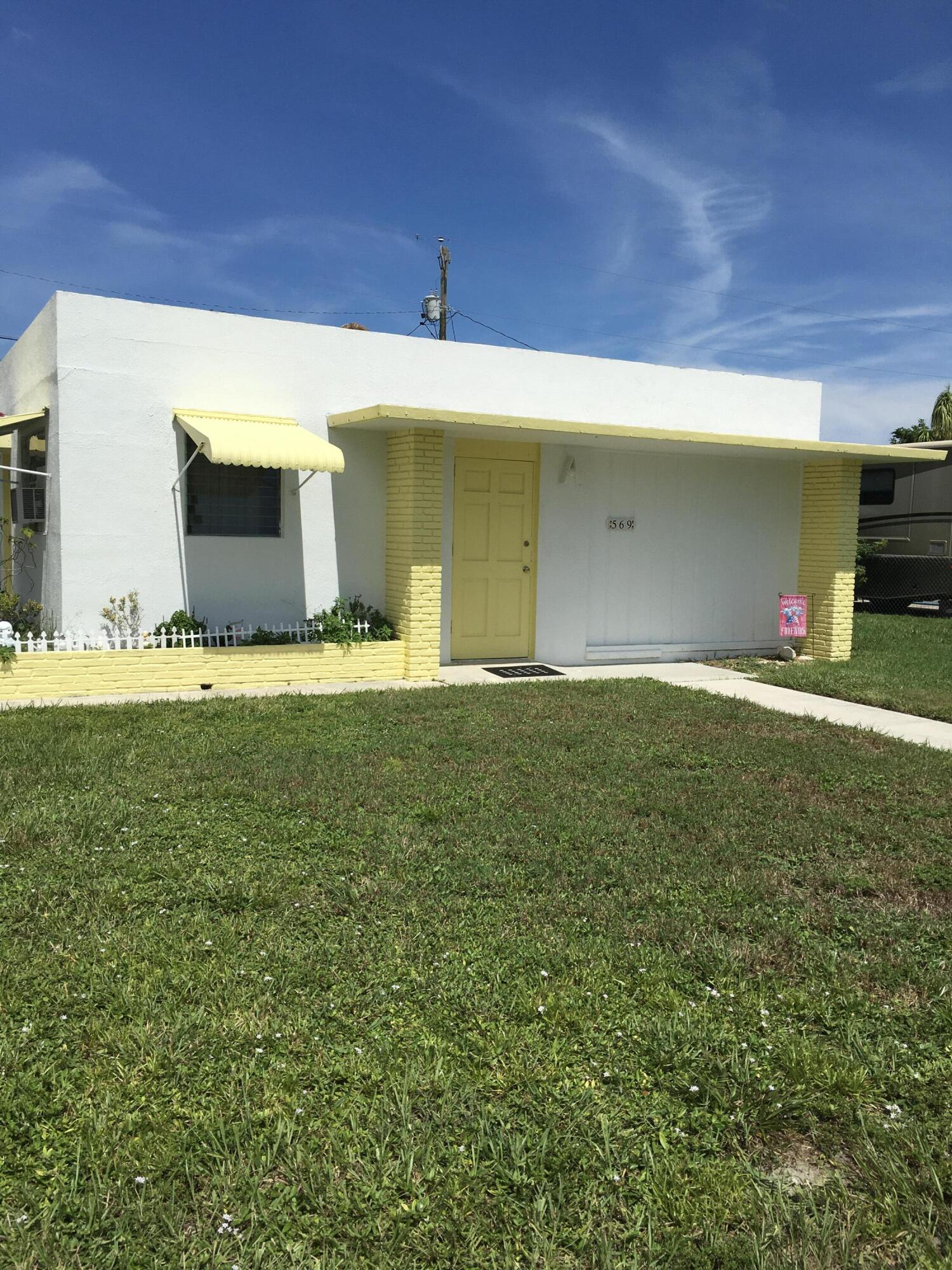 569  Cherry Road  For Sale 10747848, FL