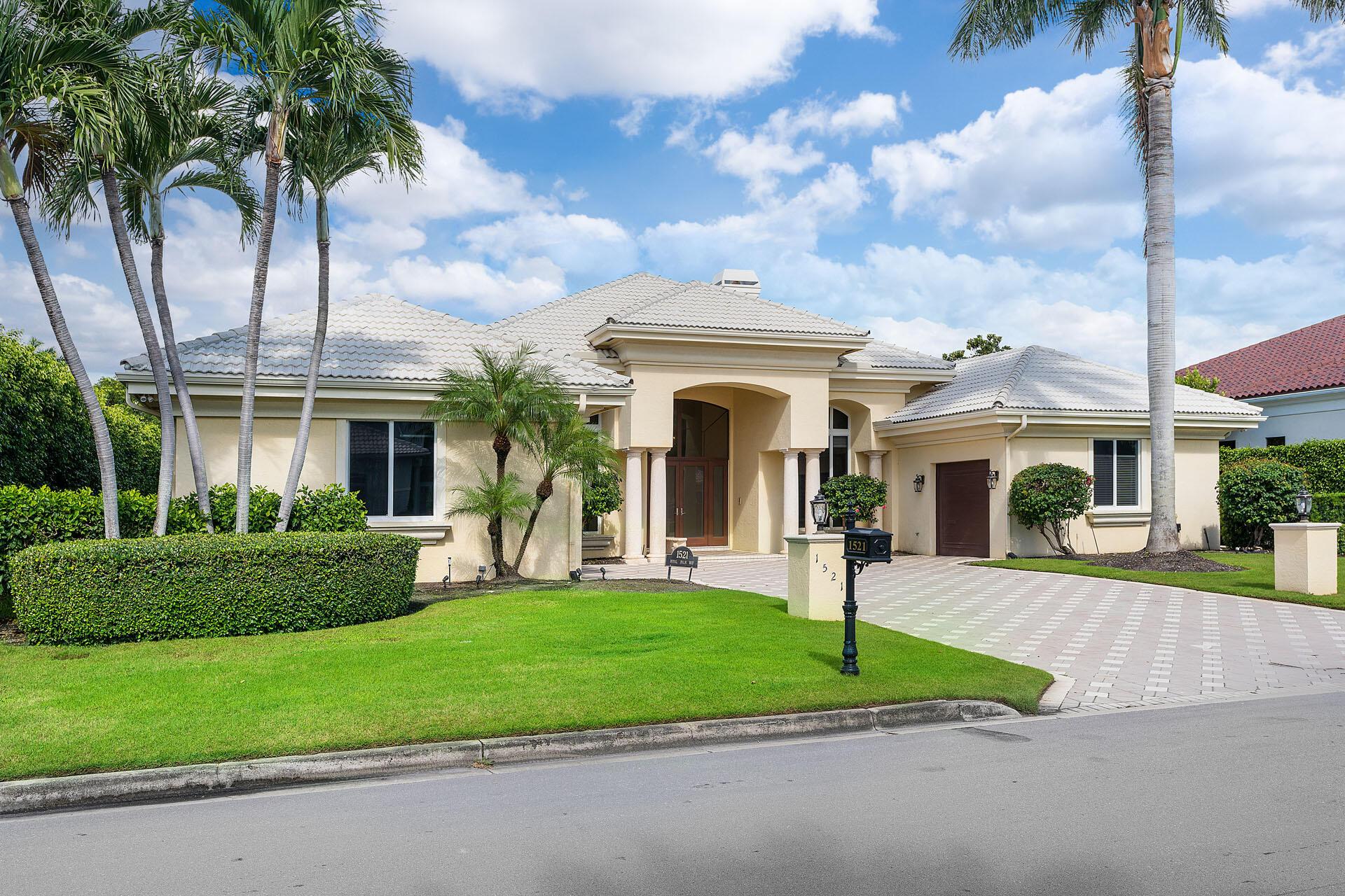 1521  Royal Palm Way  For Sale 10747410, FL