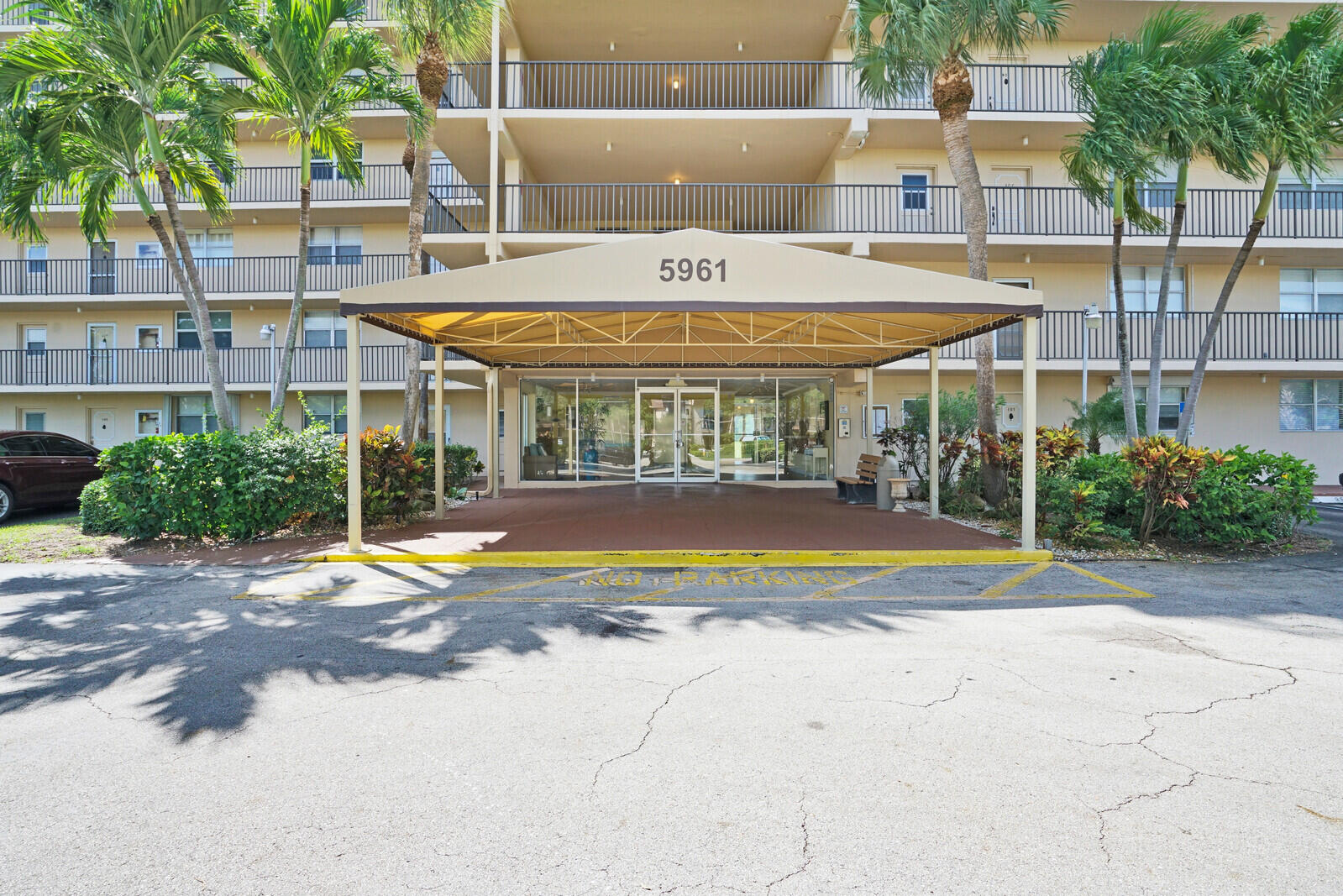 5961 NW 2nd Avenue 503 For Sale 10747753, FL