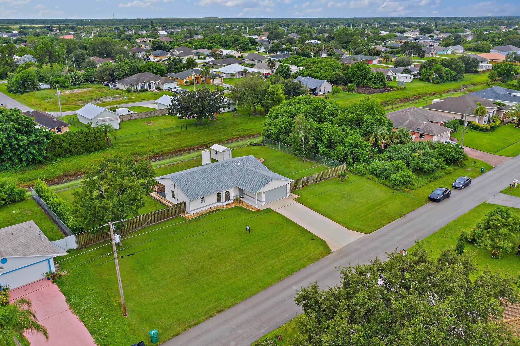 400 SW Undallo Road - 34953 - FL - Port Saint Lucie