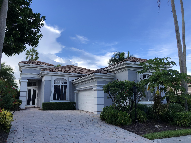 273  Isle Way  For Sale 10747130, FL