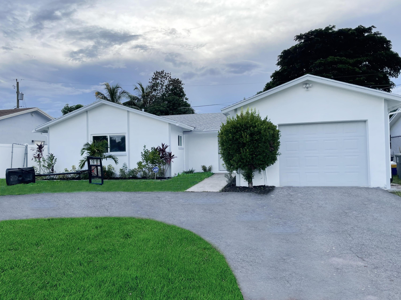 22277 SW 62nd Avenue, Boca Raton, FL 33428