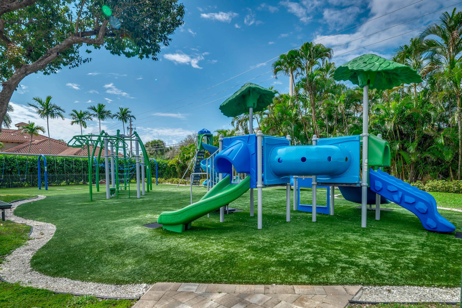 Playground in walking distance of home