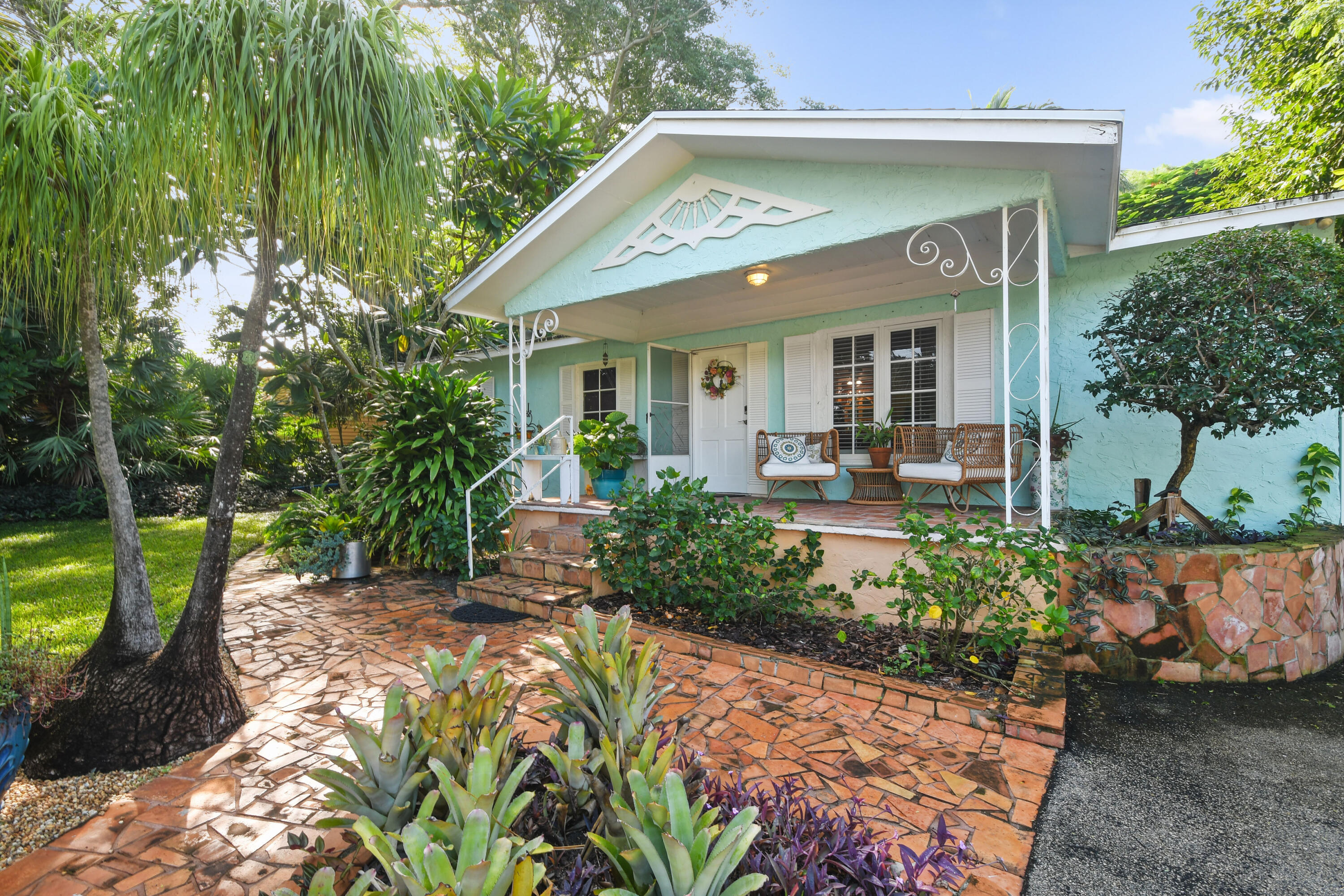 Home for sale in RIVERVIEW (SOUTH COUNTY) Tequesta Florida