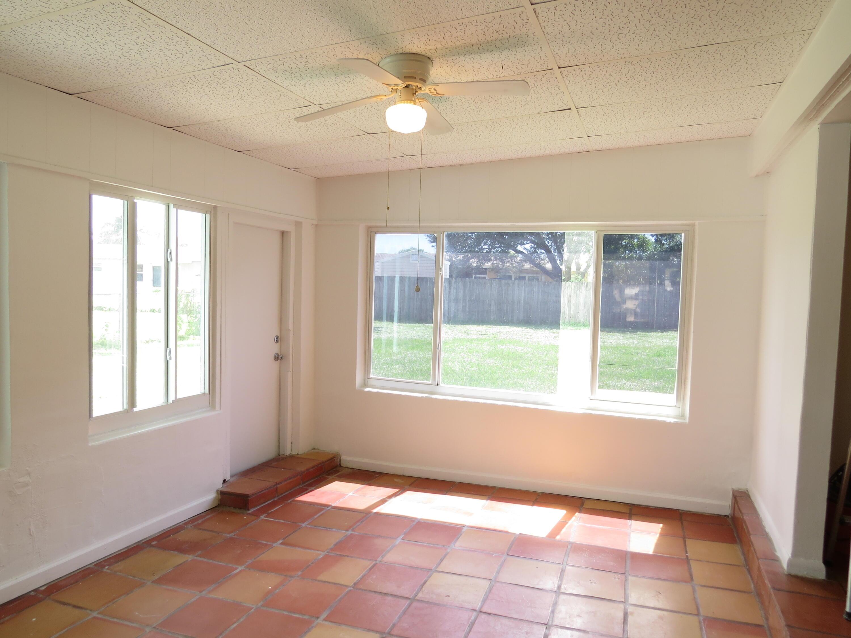 3084 Grove Road Palm Beach Gardens, FL 33410 photo 7