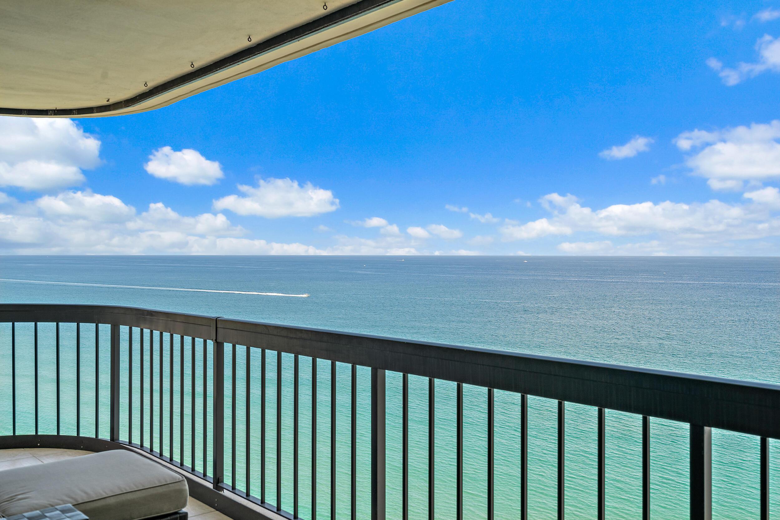 5380 N Ocean Drive 22-E For Sale 10745697, FL