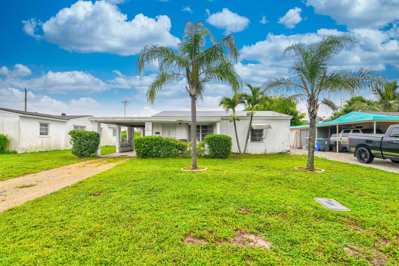 306 Elizabeth Road Lake Worth, FL 33461