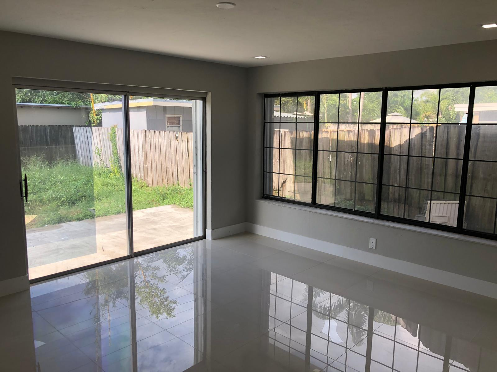 210 NW 55TH ST (4)