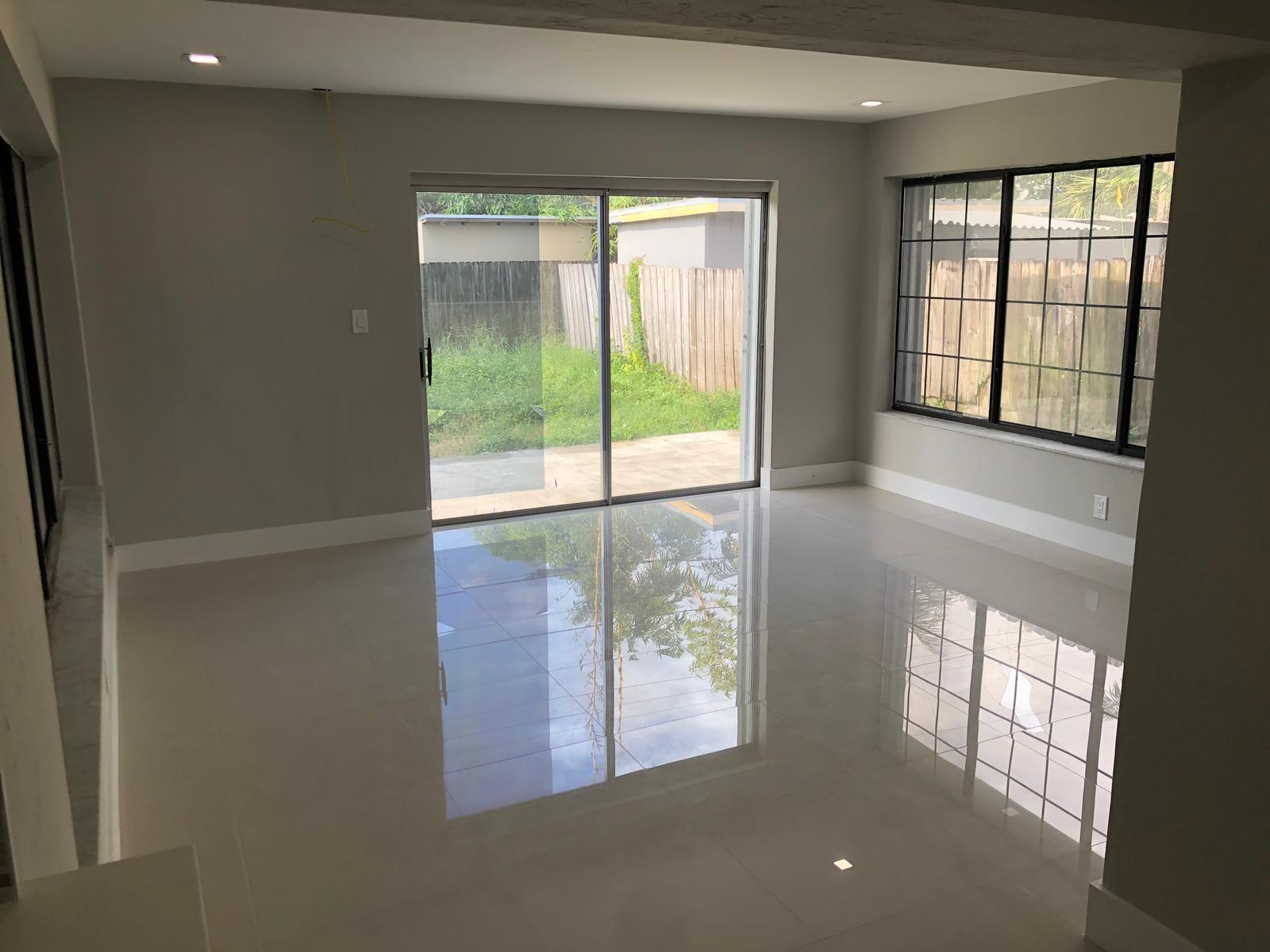 210 NW 55TH ST (40)