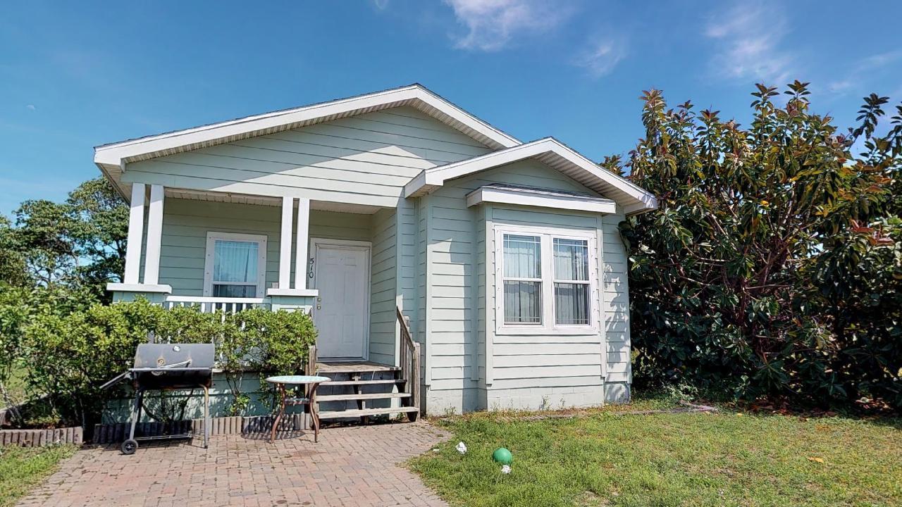 510 Douglas Court, Fort Pierce, FL 34950