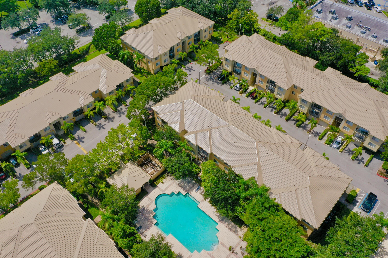 1400 Crestwood Court S, 1405, Royal Palm Beach, FL 33411