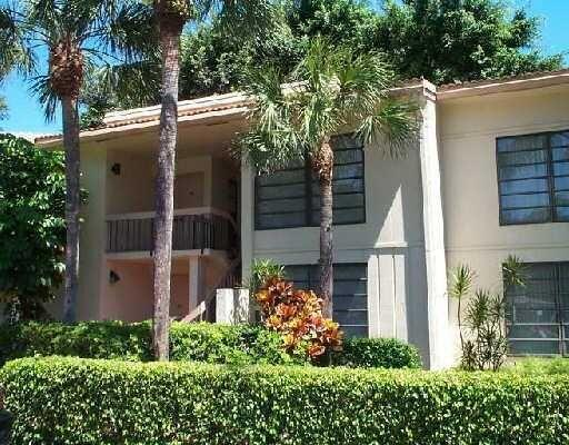 6904 Willow Wood Drive 102, Boca Raton, FL 33434
