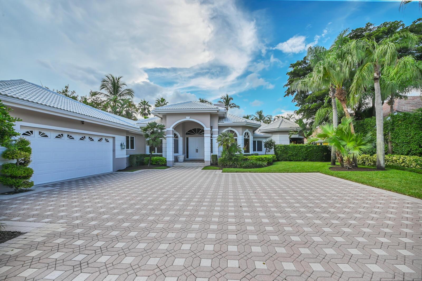 Photo of 26 St George Place, Palm Beach Gardens, FL 33418