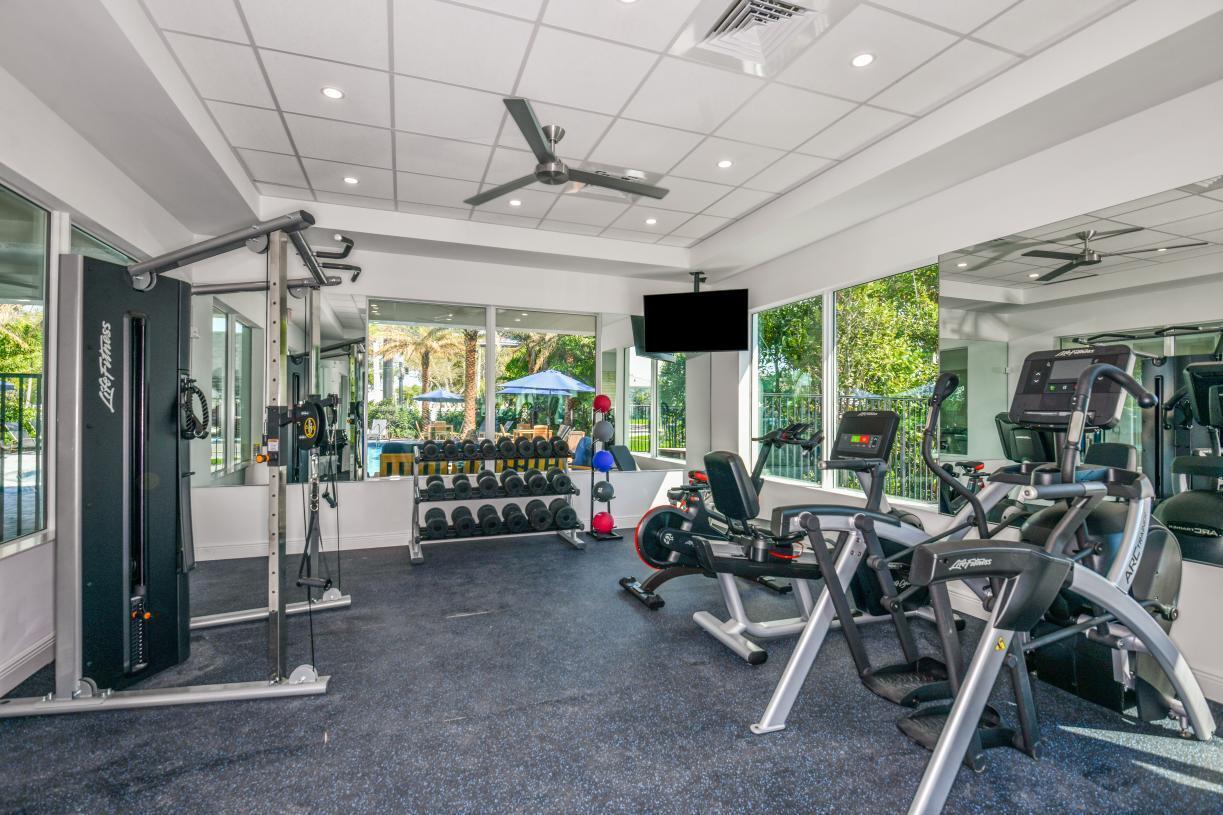 Sandpiper-Pointe-Fitness-Center-1086_180