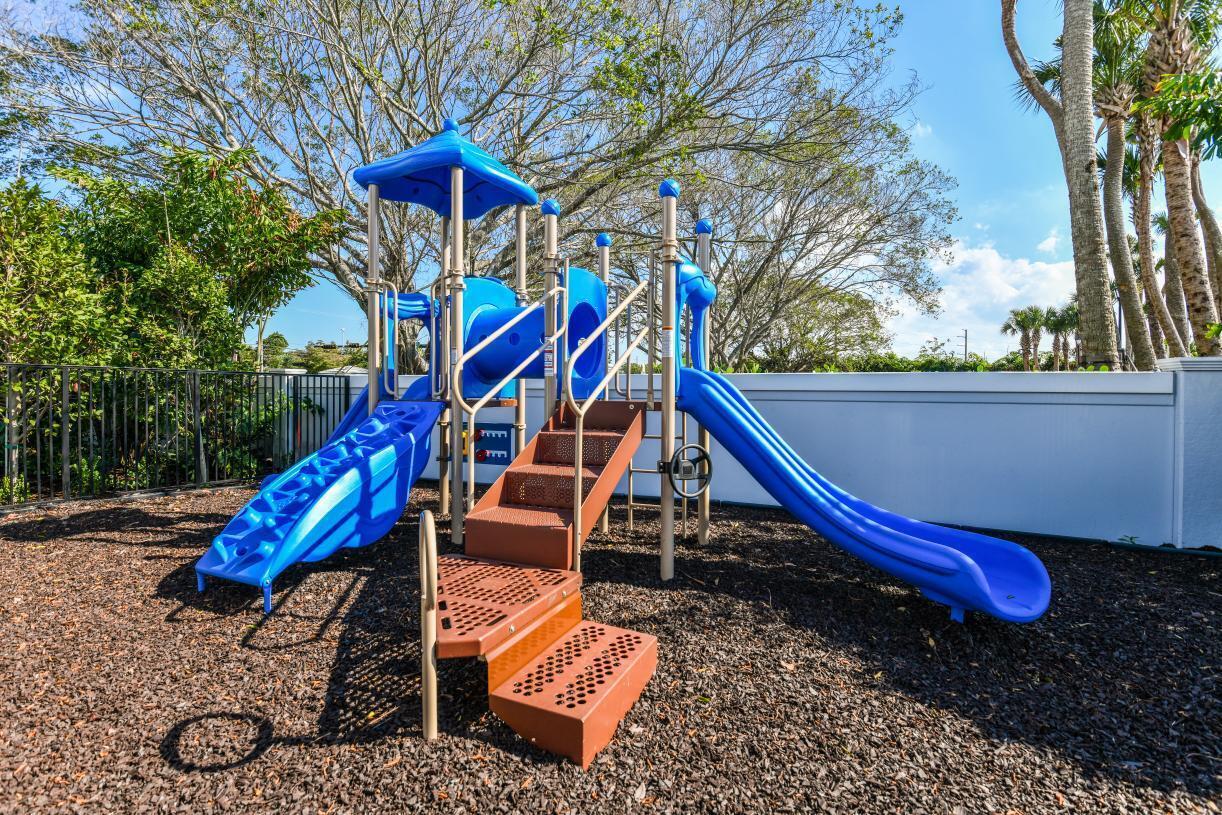 Sandpiper-Pointe-Playground-1126_1800