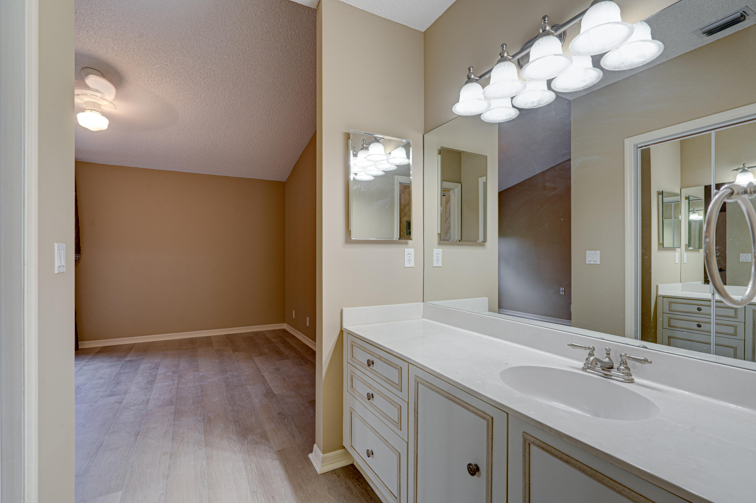 6183 Floral Lakes Drive, Delray Beach, F