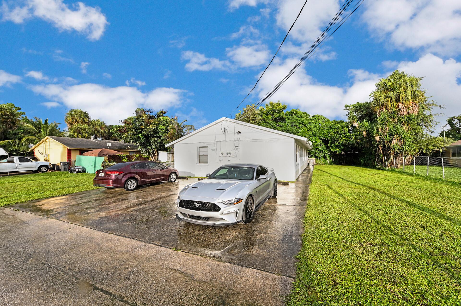 206  Ethelyn Drive  For Sale 10748086, FL