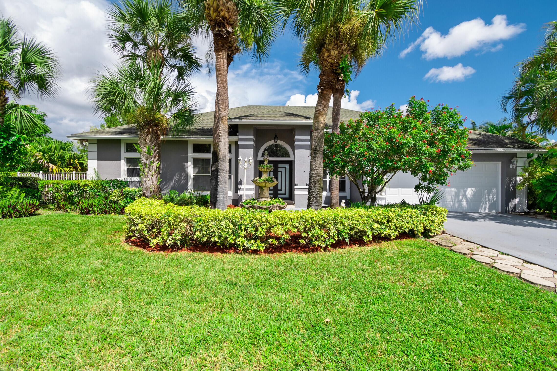 2452  Seaford Drive  For Sale 10747836, FL