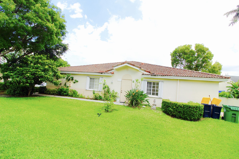Home for sale in OAKBRIDGE Fort Lauderdale Florida