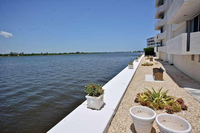 2773 S Ocean Blvd Palm Beach-small-033-3
