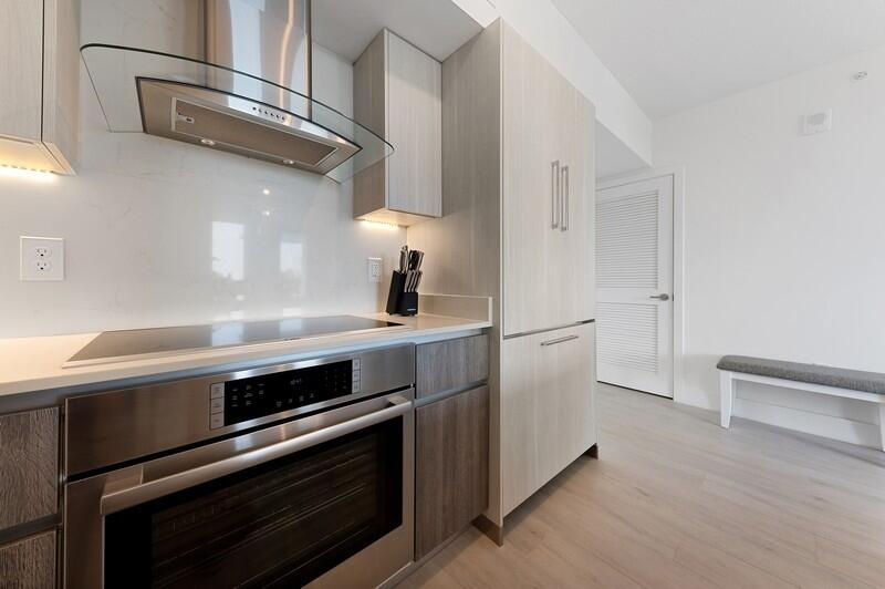 Kitchen / Entrance