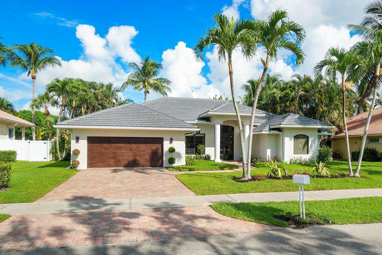 3135  Wedgewood Boulevard  For Sale 10747946, FL