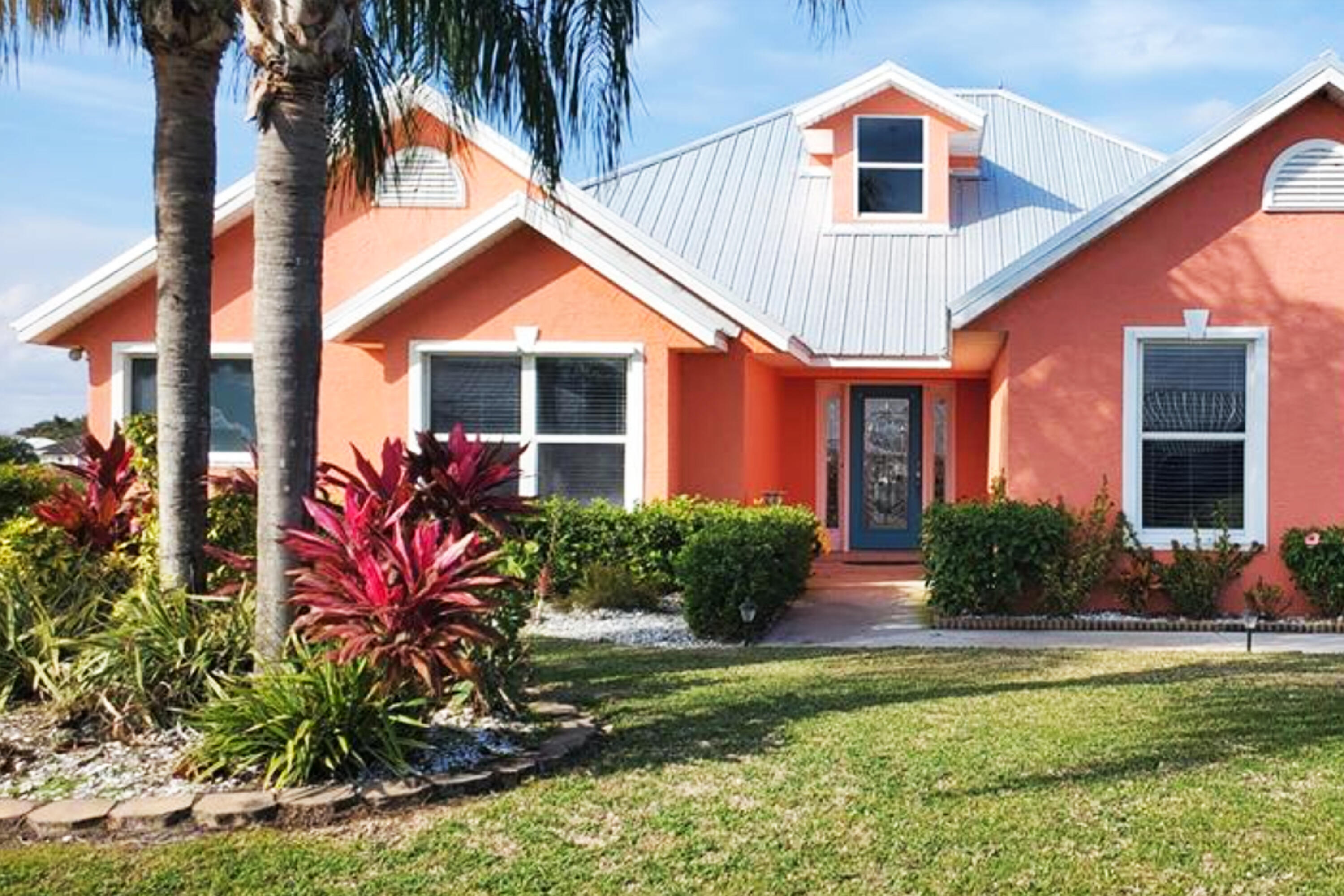 Home for sale in Blue Heron Golf And Country Club Okeechobee Florida