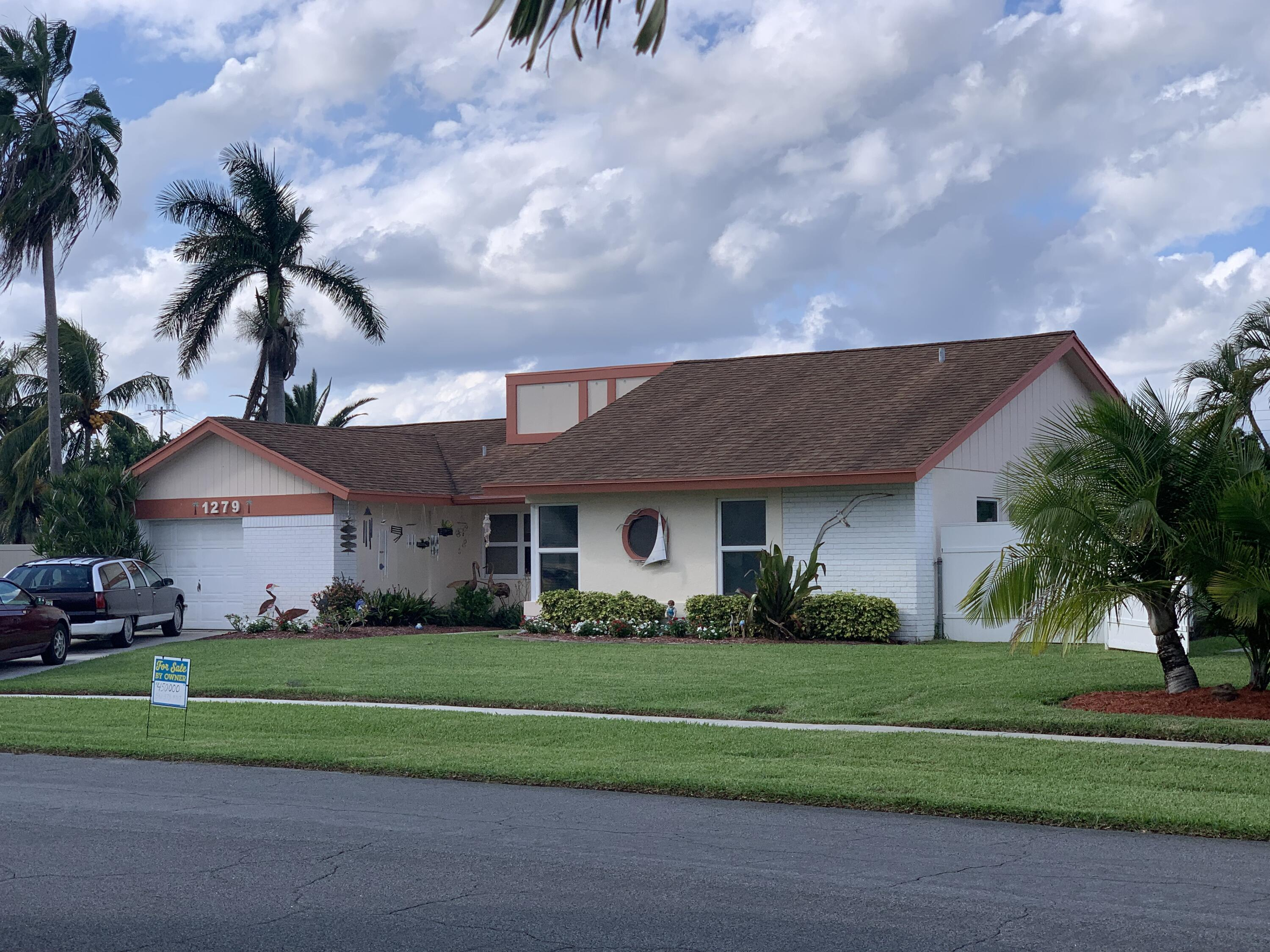 1279 NW 13th Avenue  For Sale 10748073, FL