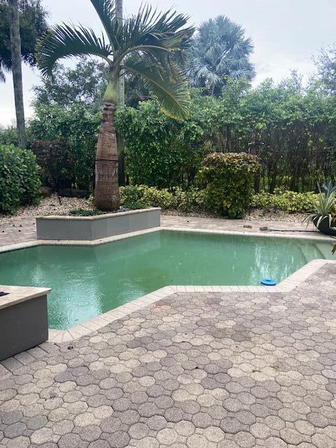 6317 25th Boca Raton FL 33496