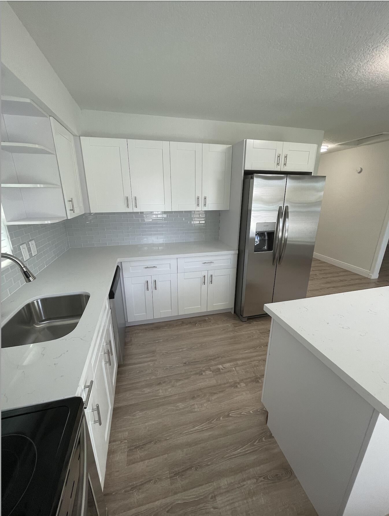 1627 NE 1st Street  For Sale 10748078, FL