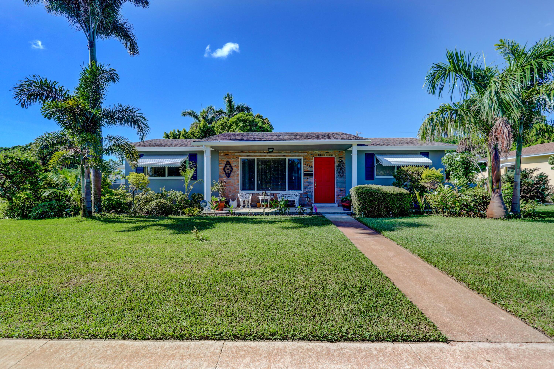 2564  Meadow Road  For Sale 10748121, FL