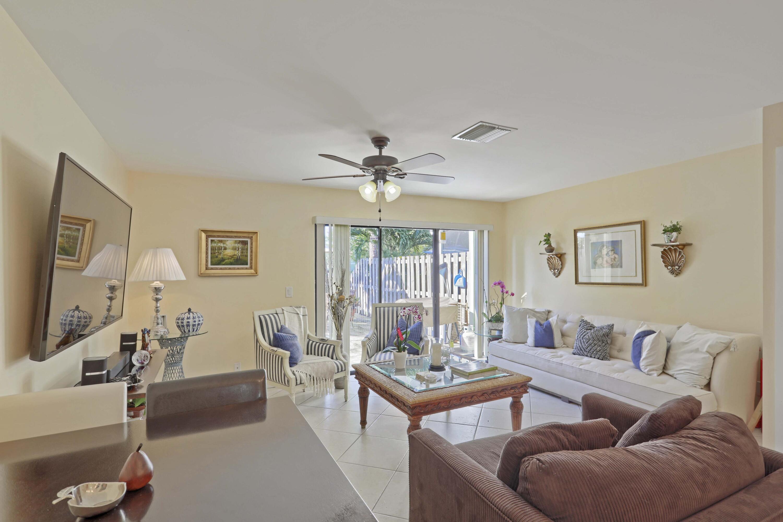 5022 Society Place C West Palm Beach, FL 33415