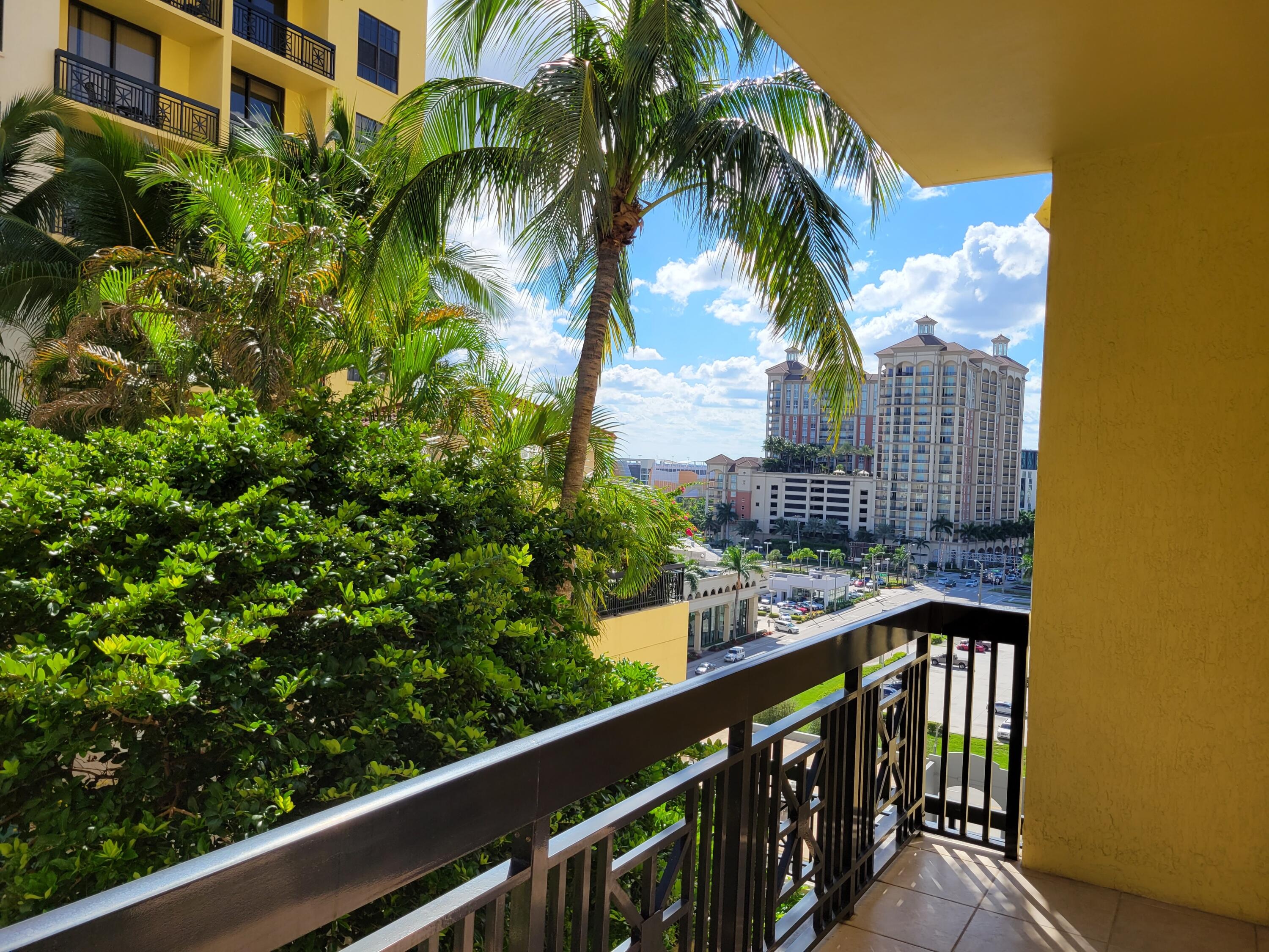 801 S Olive Avenue 816 For Sale 10748208, FL