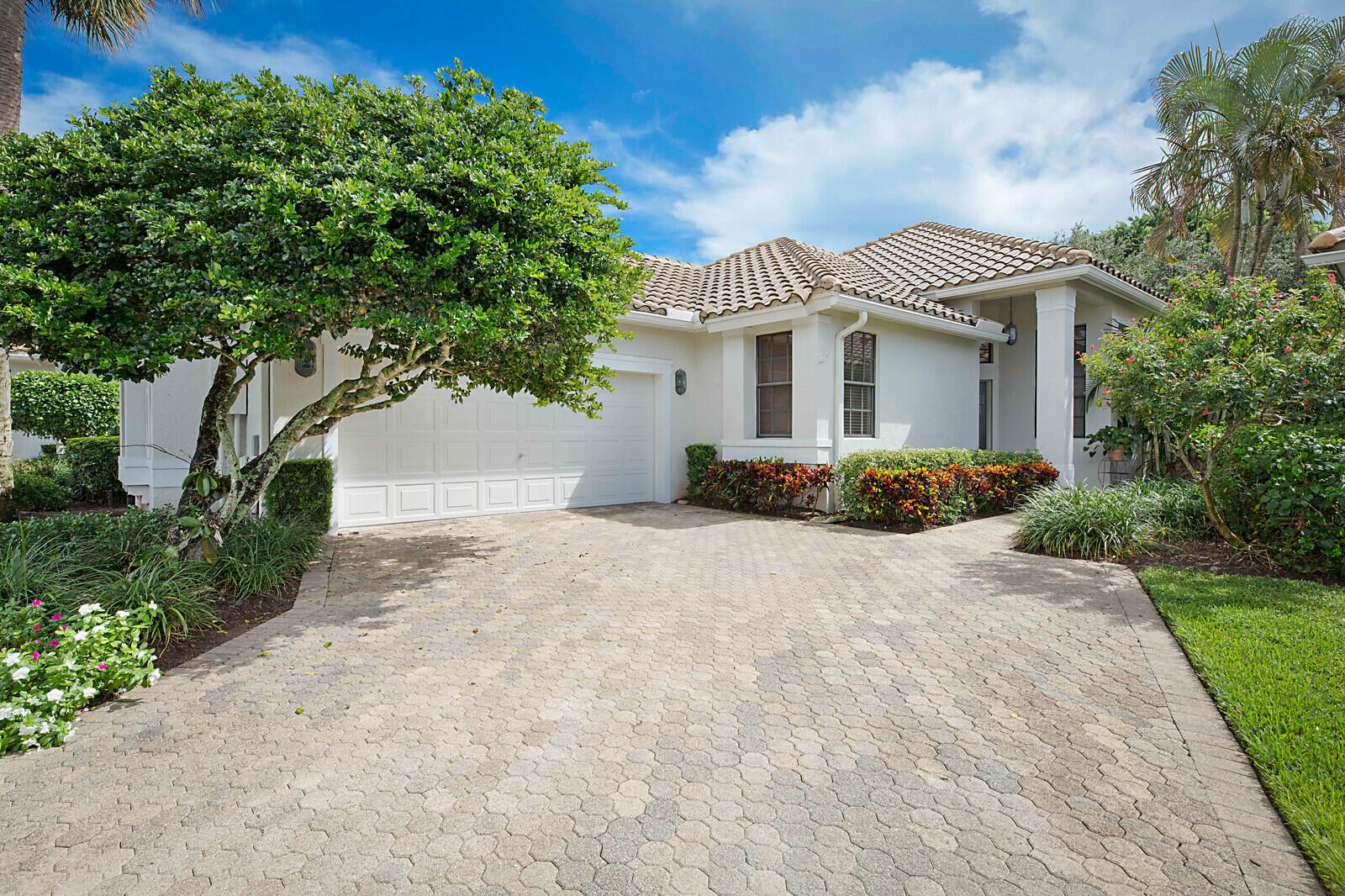 2490 NW 63rd Street Boca Raton, FL 33496