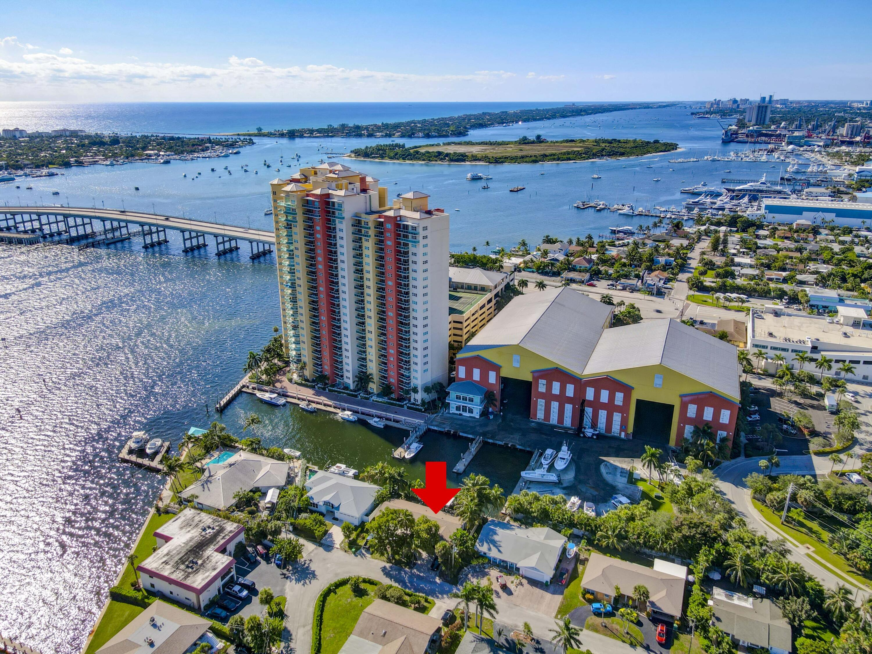 330  Wilma Circle  For Sale 10745731, FL